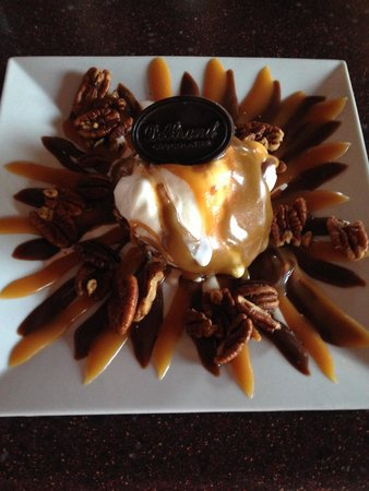 DeBrand Fine Chocolates: Sundae with hot fudge, caramel, toasted pecans and of course a Debrand's chocolate cup under all