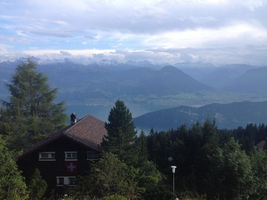 Hotel Restaurant Bergsonne : View from the balcony. Awesome!