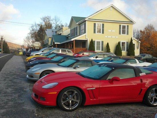 Gray Ghost Inn : We love our car groups