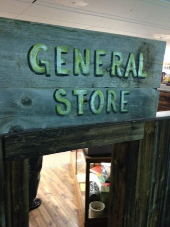 Wetaskiwin and District Heritage Museum: General Store