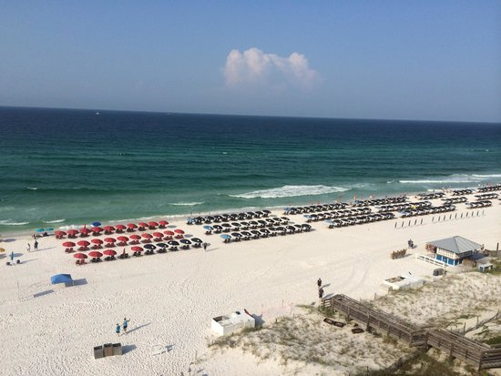 Hilton Sandestin Beach, Golf Resort & Spa: View of beach from living room window