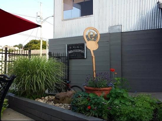 The Headkeeper: patio entrance