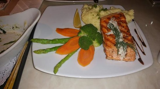 The Corner Restaurant: Awesome grilled salmon and veggies