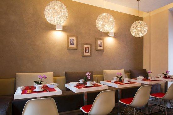 Hotel des Arceaux: Salle à manger
