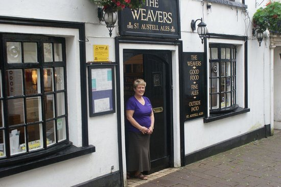 ‪The Weavers‬