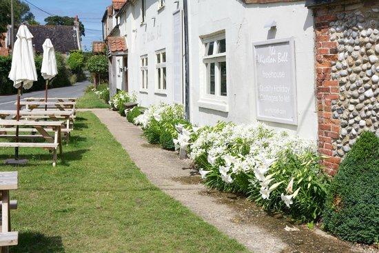 Wiveton Bell: Front Garden