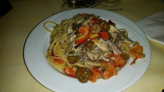 La Casareccia: Pasta alici e mollica