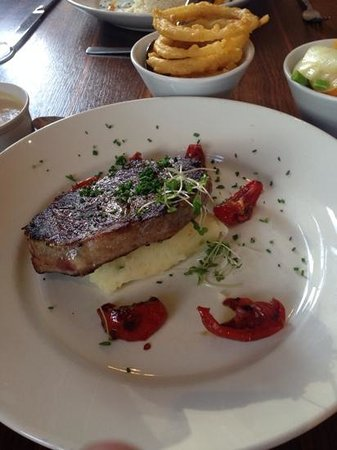 City Hotel: lovely steak