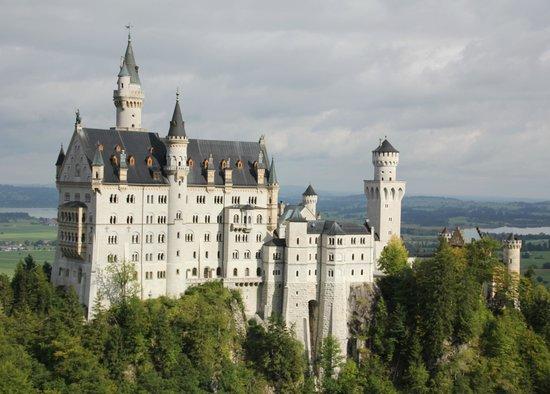 European Castles Tours: View of Neuschwanstein from Mary's Bridge