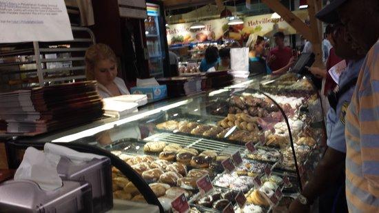 Beiler's Bakery: yumm