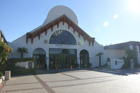 Hearst Castle : Visitor Center Entrance