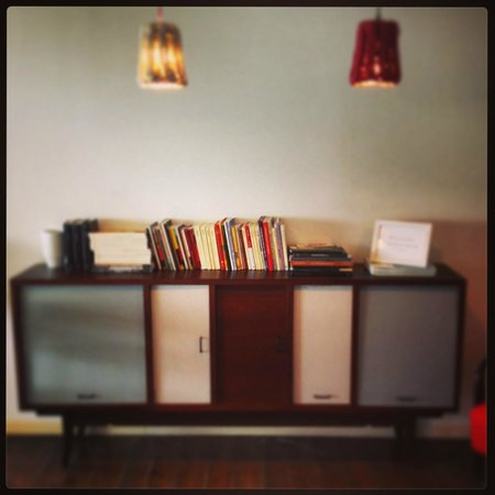 Hotel LaMorosa: Piccola Biblioteca
