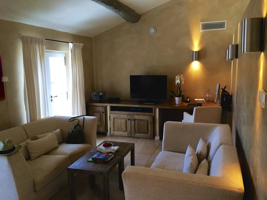 Coquillade Village: Room 302 - Living room