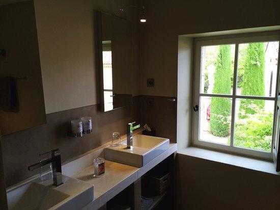 Coquillade Village: Room 302 - bathroom