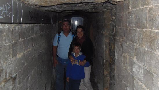The Catacombs of Paris: Nada especial...