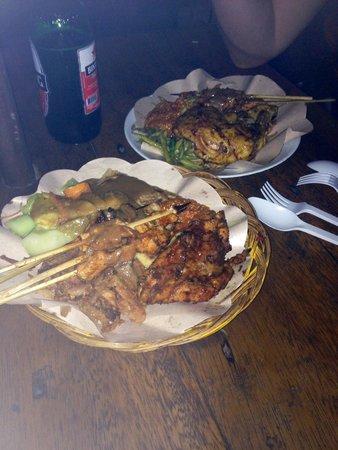 Gili Trawangan Night Market: Example of the food available