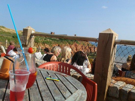 Devon Cliffs Holiday Park - Haven: Cocktails in the beach cafe