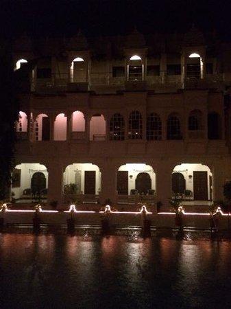 Hotel Mahendra Prakash : vista cortile interno dalla camera