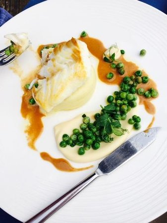 Craig Millar @ 16 West End: Hake with peas and cauliflower puree