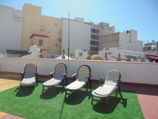 Pension Nuevo Pino: Terrace Nuevo Pino