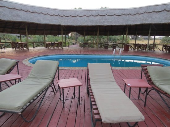 Maramboi Tented Camp : poolside luxury