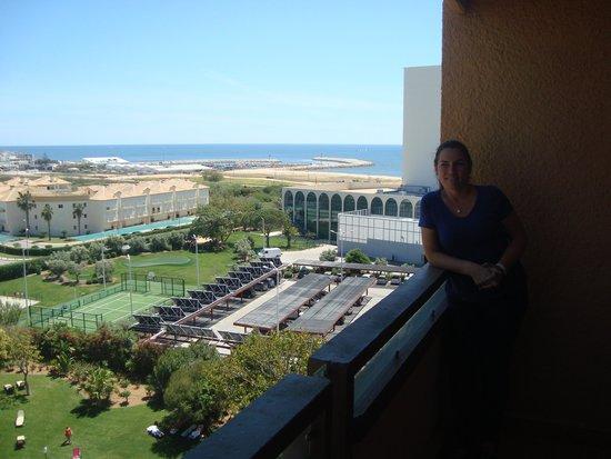 Dom Pedro Golf Resort: Vista da praia da janela do quarto