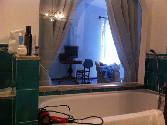Hotel Poseidon: la camera