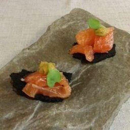 restaurant el portalet: Tartar de salmón