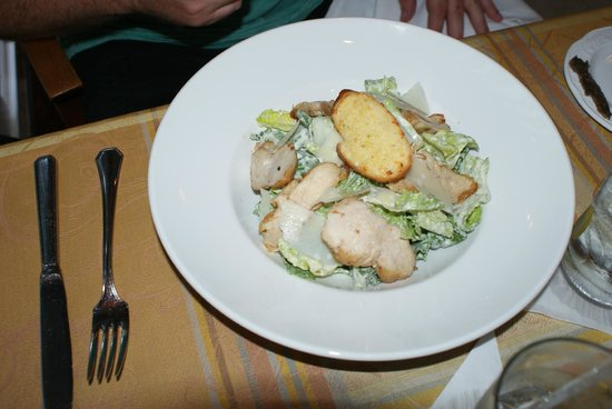 Royal Palms Hotel: Chicken Caesar Salad