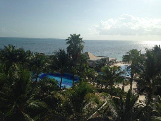 Hotel Riu Caribe: vista do nosso quarto (469)