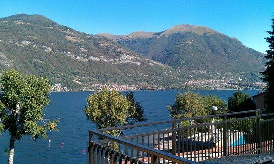 Crotto del Misto: Вид на озеро