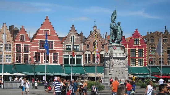 In Bruges Events - Day Tours: Bruges Main Square