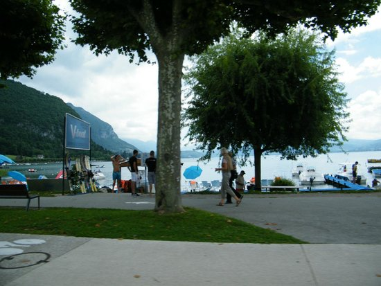 Lac d'Annecy : Bord du lac