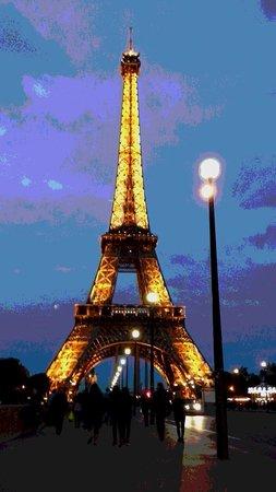 Campanile Paris 19 - La Villette: Bon soir mademoiselle Paris