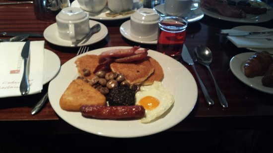 The Killeshin Hotel: breakfast