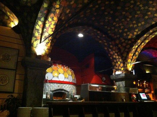 Pizzeria FoculuS: Precioso Horno
