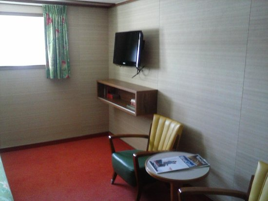 SS Rotterdam: Room, television