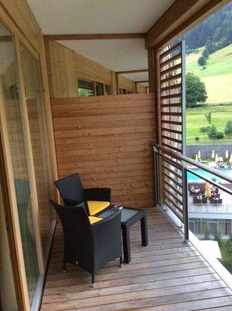 Kempinski Hotel Das Tirol: Balcony of deluxe junior suite 625