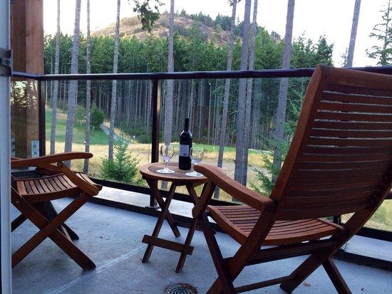 Westin Bear Mountain Victoria Golf Resort & Spa : View from Balcony room 305 - Fairways Building