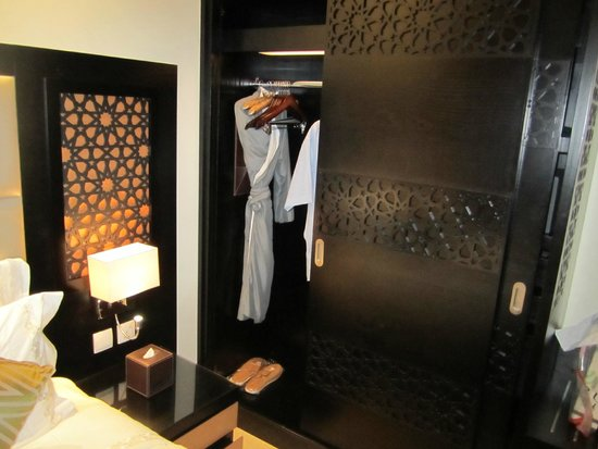 Bahi Ajman Palace Hotel: Спальня