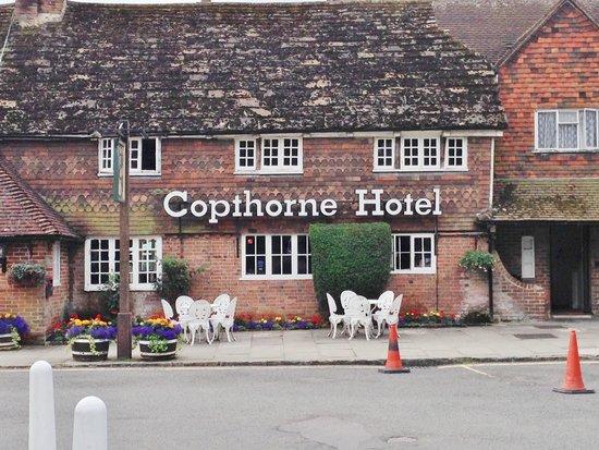 Copthorne Hotel London Gatwick : Front entrance