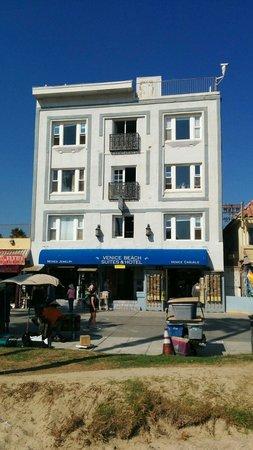 Venice Beach Suites & Hotel: Front aspect