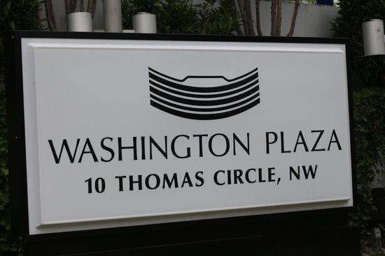 Washington Plaza Hotel: La plaque de fabrique