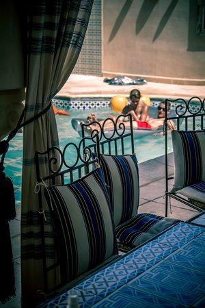 Dar Hamza Djerba : patio et piscine