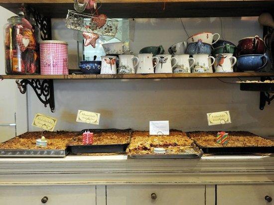 1900 Cafe Bistro: Kuchentheke