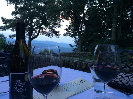 The Restaurant at Gideon Ridge: Aug. 6, 2014- awesome view on terrace!