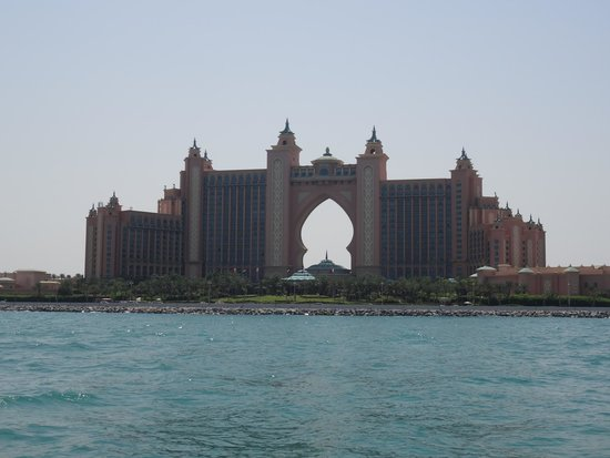 The Yellow Boats : L'Atlantis Palm