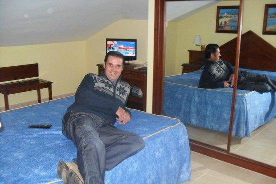 Hotel Apartamentos Vistamar: habitacion acogedora
