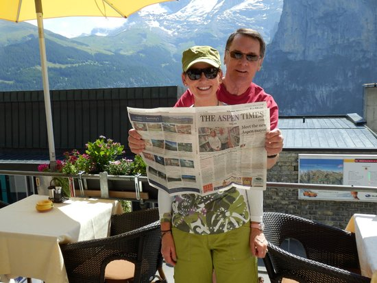 Hotel Eiger: Having coffee and cakes on the patio