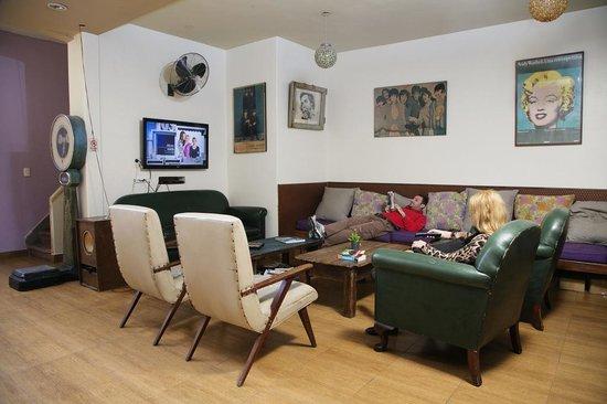 Puerto Limon Hostel : Living